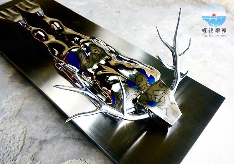 鹿  不锈钢锻造镜面工艺