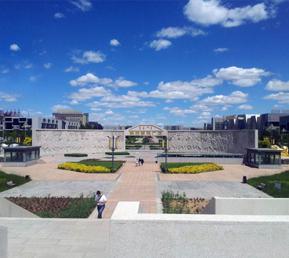 《蒙古象棋广场雕塑》